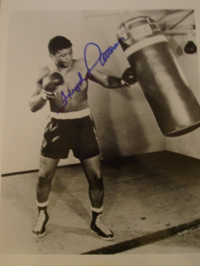 Floyd Patterson Former 2 Time Heavyweight World Champion SIGNED Training Shot Photo