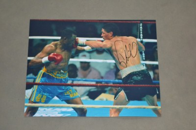 Virgil Hill Former WBA Cruiser And Light Heavyweight World Champion SIGNED Action Shot Photo Against Thomas Hearns
