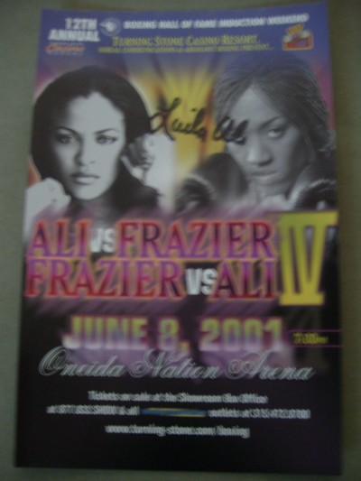Laila Ali vs Jacqui Frazier The Battle Of The Daughters Oversized Advertising Postcard SIGNED By She Bee Stingin Laila Ali