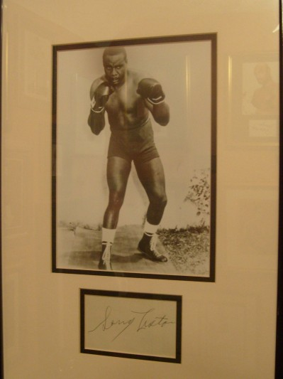 Sonny Liston Extremely Rare Cut Signature