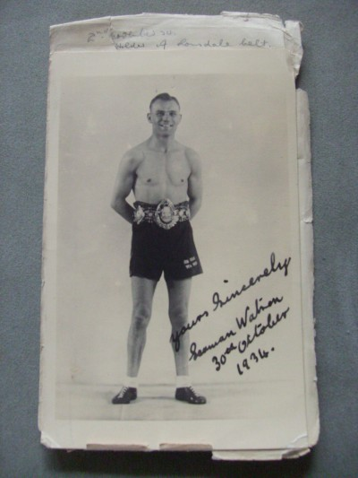 SEAMAN Tommy Watson Former British Featherweight Champion And World Title Challenger To Kid Chocolate SIGNED Postcard