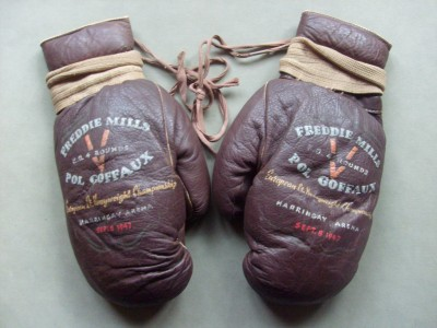 Freddie Mills FIGHT WORN Gloves From His 1947 European Light Heavyweight Championship 4th Round KO Victory Against Pol Goffaux