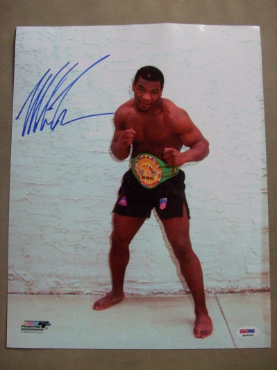 Mike Tyson Former Undisputed Heavyweight World Champion And Hall Of Famer SIGNED Boxing Pose Photo