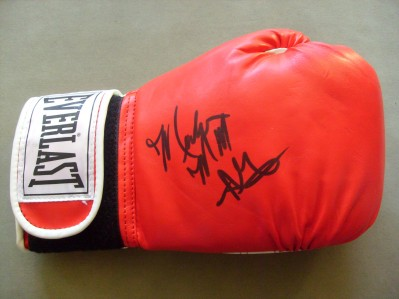 Marlon Starling Former 2 x Welterweight World Champion SIGNED Everlast Glove