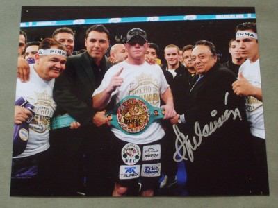 Jose Sulaiman Long Serving WBC President And Hall Of Famer SIGNED Photo Presenting Saul Alvarez With The WBC Light Middleweight Belt