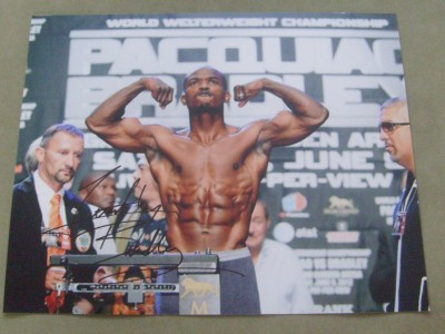 Timothy Bradley SIGNED Weigh In Photo Prior To His 1st Fight And Winning Performance Against Manny Pacquiao