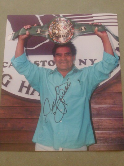 Ruben Olivares Former Bantamweight And WBC And WBA Featherweight World Champion SIGNED Photo