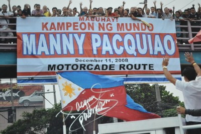 Manny Pacquiao 8 Division World Champion And Adored By The Masses Of Filipino People Worldwide SIGNED And INSCRIBED 2008 Victory Parade Photo