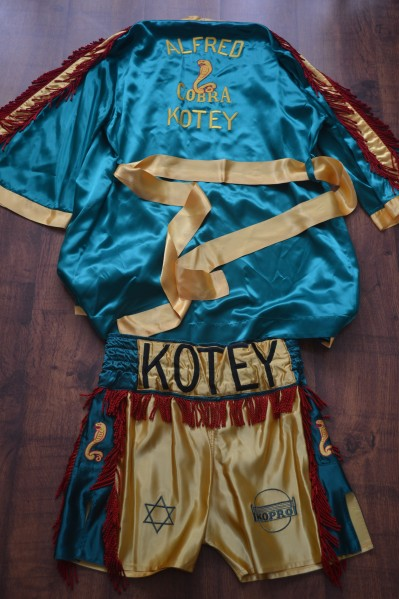 Alfred COBRA Kotey Classic Silk Gown And Trunks WORN When He Won The WBO Bantamweight World Title In London 1994