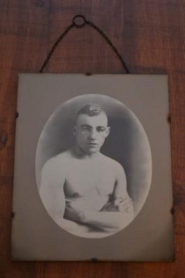 Tommy Rogers A Popular Former Southern Area Featherweight Champion  From Willenhall 1934 Sepia Photograph