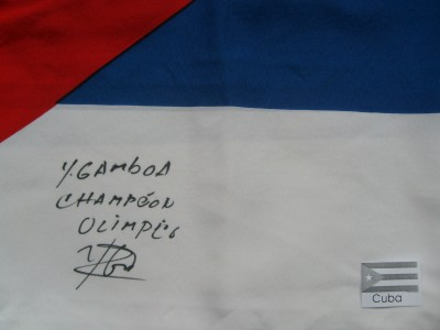 Yuriorkis Gamboa 2004 OLYMPIC GOLD MEDALLIST SIGNED And INSCRIBED National Flag